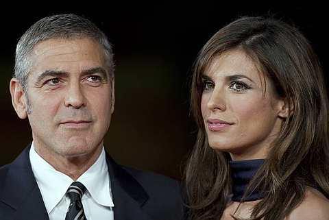 George Clooney sedang putus cinta dengan kekasihnya, Elisabetta Canalis.