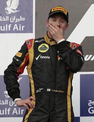 Reaksi kecewa Raikkonen selepas berada di tempat kedua, tewas kepada Vettel pada perlumbaan F1 di Bahrain bulan lalu.