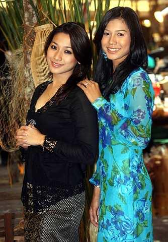 Jasmine dan Memey (kanan) alami nasib yang sama pada usia yang muda. -foto The Star oleh AZHAR MAHFOF