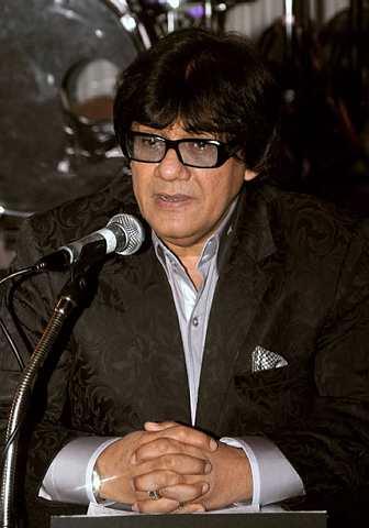 Tan Sri Syed Yusof Tun Syed Nasir bertanggungjawab membawa penyanyi popular Nawal Al-Zoghbi ke Malaysia