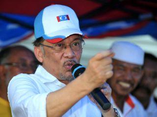 Anwar penyandang kerusi Parlimen Permatang Pauh.