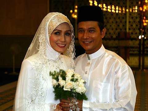 Zizan dan Fazilah Hani telah melangsungkan pernikahan pada Mac tahun lalu