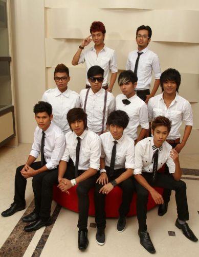 Max 24:7 menjelaskan mereka bukan sebuah kumpulan Kpop sebaliknya membawa genre Mpop. - Foto THE STAR Oleh RAYMOND OOI.