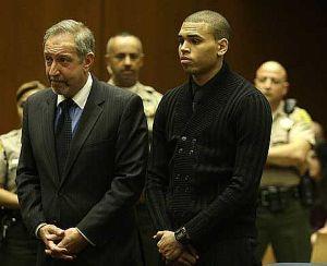 Brown mengaku tidak bersalah
