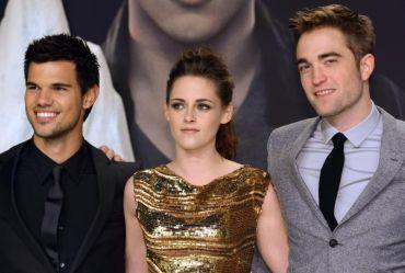 Tiga peneraju utama filem 'The Twilight Saga: Breaking Dawn - Part 2', (dari kiri), Taylor Lautner, Kristen Stewart dan Robert Pattinson. Foto EPA