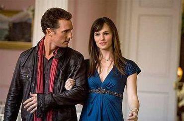 Jennifer Garner (kanan) dalam filem terbarunya 'Ghosts of Girlfriend Past'.