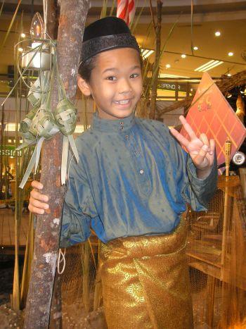 Fimie sudah kurang dapat duit raya sejak berusia 9 tahun. -foto mStar oleh SITI AZIRA