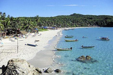 Pantai di Pulau Perhentian Kecil, Terengganu. -foto THE STAR