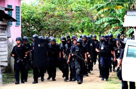 Pihak polis kini berada di peringkat akhir untuk mengesan saki-baki pengganas di kawasan sekitar.