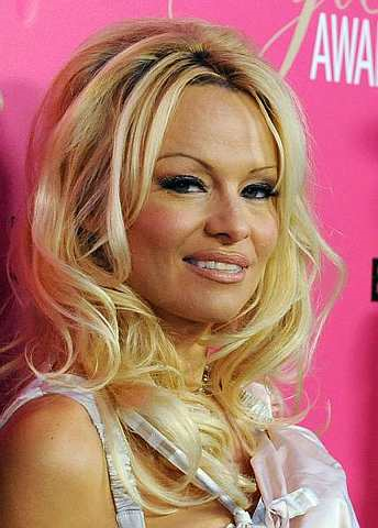 Pamela Anderson hadir ke The 6th Annual Hollywood Style Awards di Los Angeles pada 11 Oktober 2009. -Foto AP