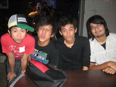 Kumpulan indie yang sedang meningkat naik Bunkface dianggotai oleh, Sam, Faan dan York bersama drummer Zam.Foto The Star Oleh:NURUL AIN MOHD. HUSSAIN.