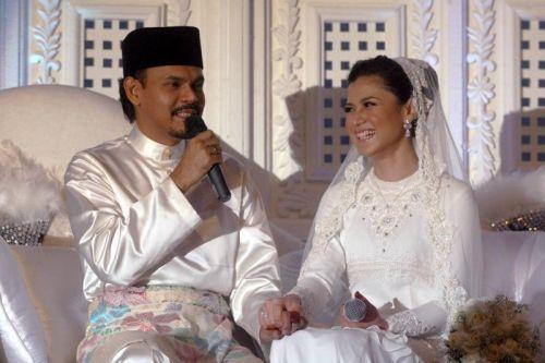 Lisa sah bergelar isteri Yusry pada 23 Februari lalu dengan sekali lafaz.