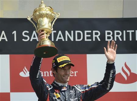 Pelumba Australia, Mark Webber meraikan kemenangannya memenangi GP Britain pada Ahad.