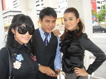 Dari kiri Hetty Sharlene, Ery Putra dan Sheera Iskandar.
