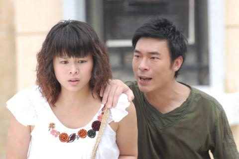 Tina Ho Me-Tin (Myolie Wu) bergandingan dengan Daniel Dai Hei (Andy Hui) dalam drama bersiri To Grow With Love.