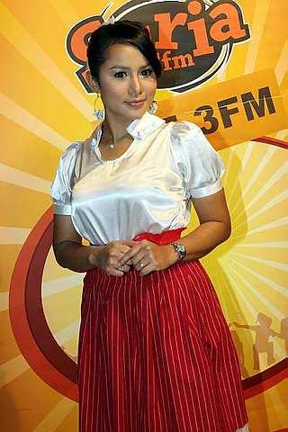 Elly Mazlein kembali dengan album terbaru selepas lima tahun. - Foto oleh SHAARI CHE MAT