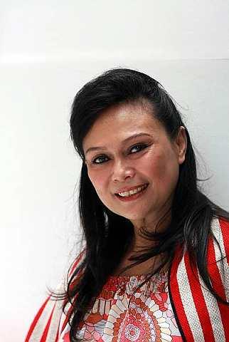 Lega: Datuk Khadijah Ibrahim selaku Pengerusi MASiF 2010 gembira dengan sambutan luar biasa orang ramai. - Foto oleh SAM THAM