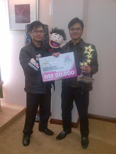 Syazwan dan Syazrul dinobatkan sebagai juara pertandingan Mimpi Ke Bintang musim pertama.
