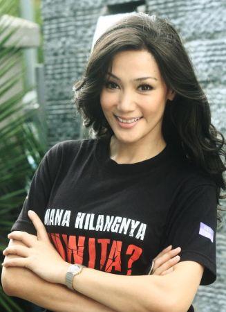 Erra Fazira lebih selesa memegang watak ringan dalam sesebuah drama atau filem.