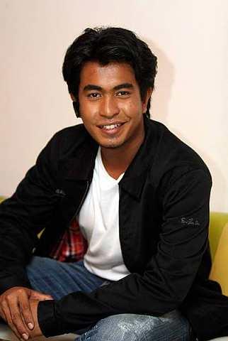 Hairi semakin seronok berlakon selepas bergelar juara Anak Wayang. - Foto oleh SAM THAM