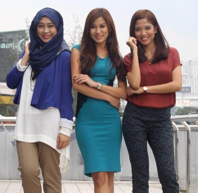 Pengacara baharu program 3R dari kiri; Dayah Bakar, Amirah Azmi dan Yvonne Lee