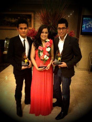 Shazroul (kanan) mendapat tempat kedua dalam pertandingan Asian Television Melody Festival di Ho Chi Minh City, Vietnam.