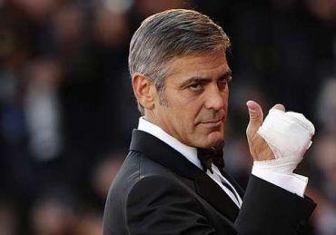 Pelakon popular George Clooney, bergambar ketika tiba di Festivel Filem Venice 8 september lepas. foto-REUTERS