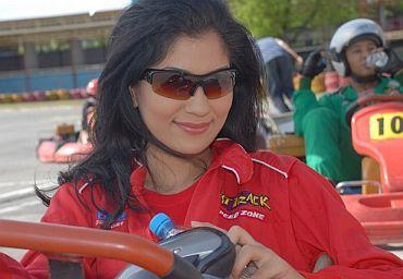 Yasmin Khanif, bintang baru yang mempertaruhkan lakonan sulungnya di layar perak menerusi filem Jalang