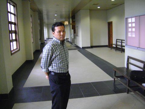 Mohd Farid ketika prosiding mahkamah selesai petang tadi. -Foto MSTAR oleh AU YEONG HOW