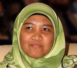 IDA RAHAYU MD. NOOR... Calon jawatan Ketua Puteri Umno.