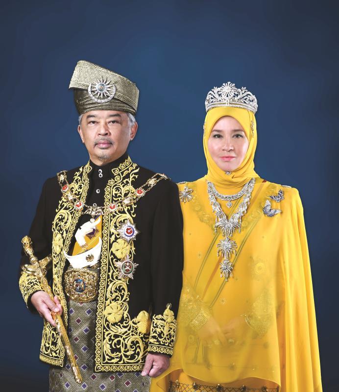 Akui nakal, Tunku Azizah kongsi kisah zaman sekolah - Semasa | mStar