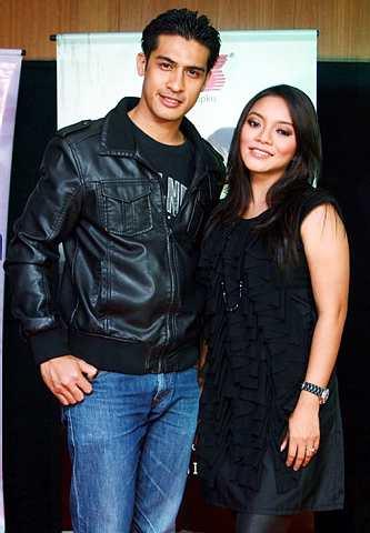 Ashraf Muslim dan Diana Rafar adalah pelakon utama drama Ilusi di slot Akasia. - Foto THE STAR Oleh IQMAL HAQIM ROSMAN