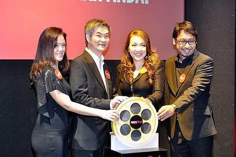 Astro First bakal memberi keselesaan bagi indivisu yang selesa menonton filem-filem baru di rumah. Foto TheStar CHAN TAK KONG