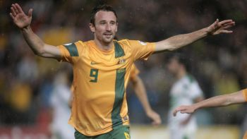 Jaringan Kennedy membantu Australia melayakkan diri ke Piala Dunia 2014.