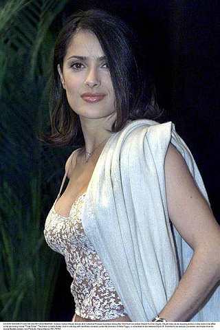 Salma mengambil inspirasi berkucup dengan teman lelakinya bagi adegan berciumd alam siri TV itu.