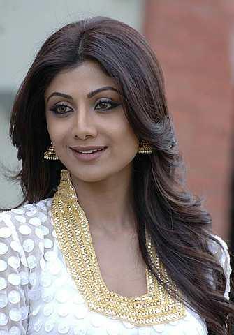 Shilpa tidak mengaku bermusuh dengan Preity Zinta.
