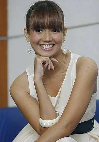 Faeza memegang watak Amira dalam drama bersiri La Dolce Amira di TV3. -foto The Star oleh NORAFIFI EHSAN