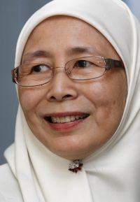 Dr Wan Azizah Wan Ismail.