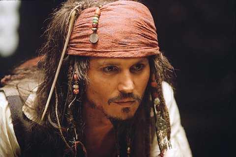 Johnny Depp memegang watak sebagai Captain Jack Sparrow dalam filem