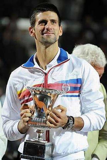 Djokovic bergelar juara dua kali berturut-turut dalam tempoh lapan hari.