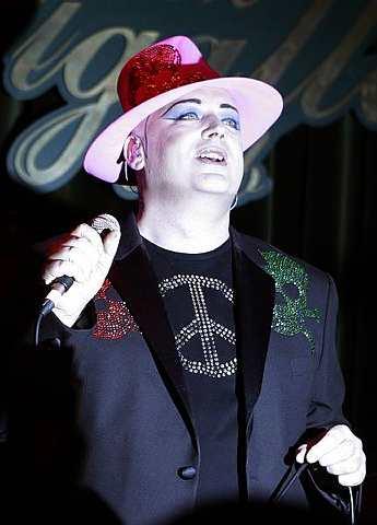Boy George pelik dengan permintaan luar biasa Lady GaGa.