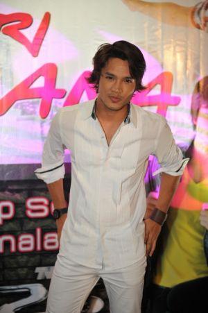 Shaz pada mulanya ingin menjadi chef sebelum bergelar pelakon sekarang. -foto TV3